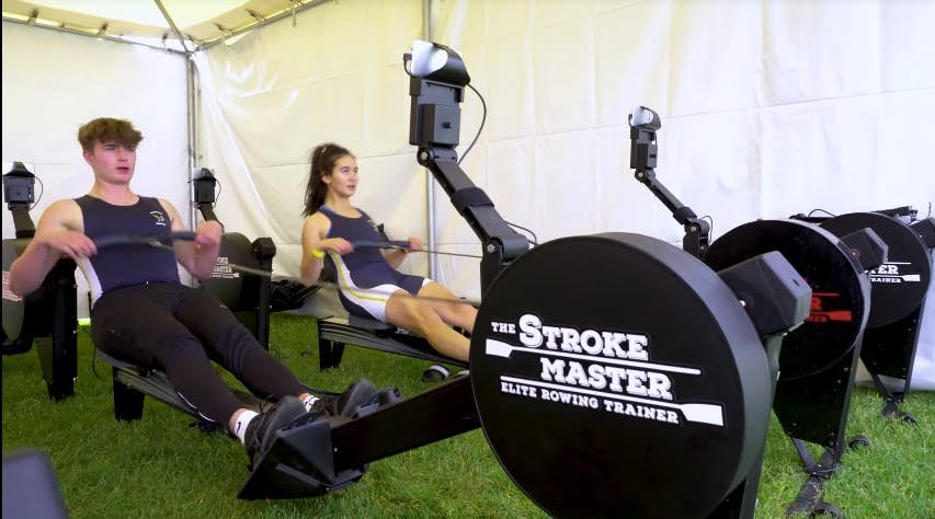Connected rowing machine makes users part of a team